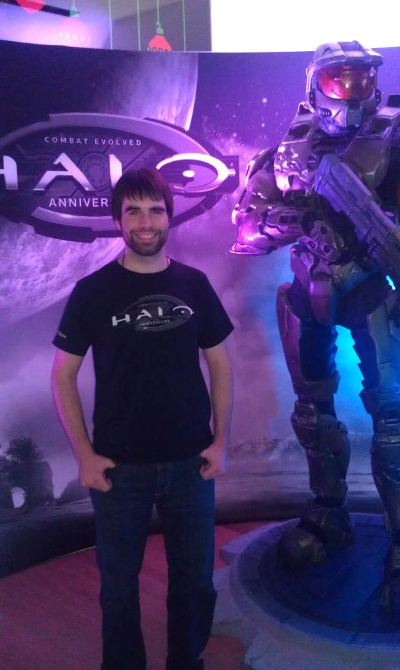 Standing next to Master Chief at the Halo Xbox launch